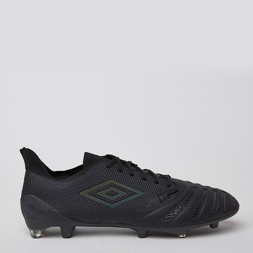Zapato de Fútbol Accuro Umbro Negro