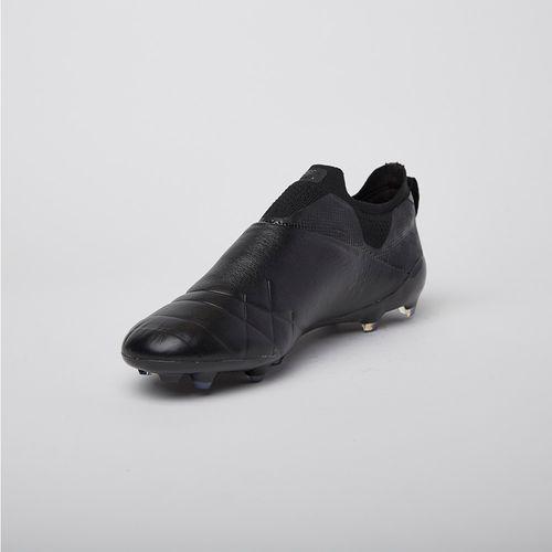 Zapato de Fútbol Accuro Umbro